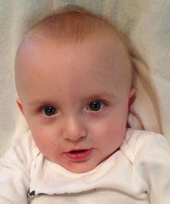 まぁかわいい赤ちゃん隣のご主人にそっくりね この顔へ