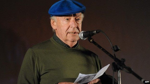 "Eduardo Galeano speaks during the closing march to support a referendum to abolish an amnesty law for those involved in human rights violations during Uruguay""s dictatorship. October, 2009."