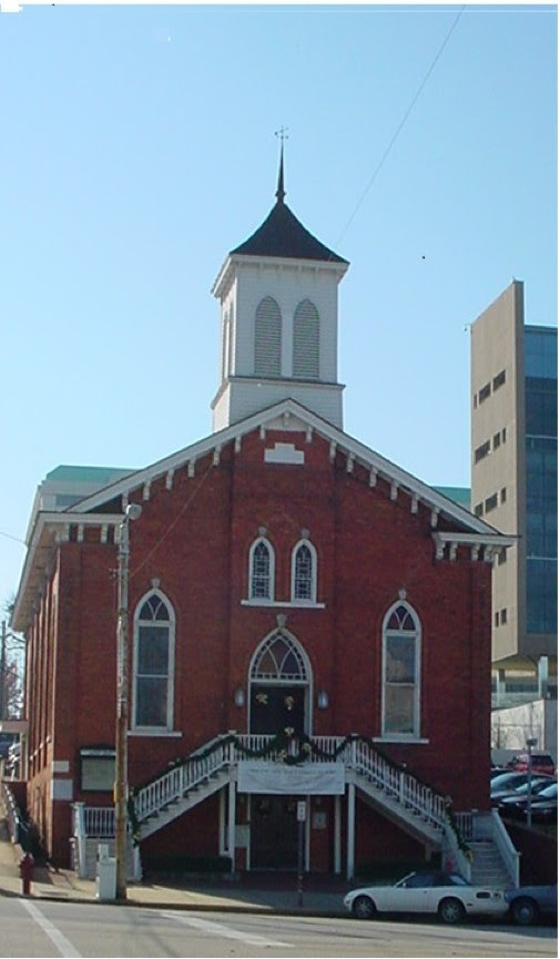 Dexter Avenue Baptist Church in Montgomery, Alabama, where Rev. Martin Luther King, Jr. pastored in the 1950s and a key birth place to the civil rights movement. For example, the peaceful bus boycott to reject unjust Jim Crow laws was born in this church. [Photo by Jerry Newcombe]