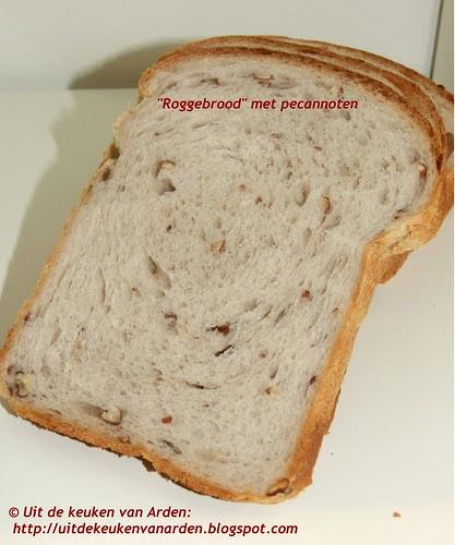 Roggebrood met pecannoten