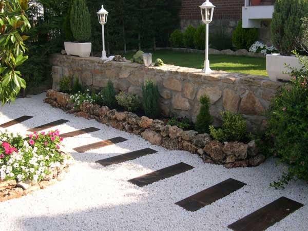 garden-walkway-ideas-14