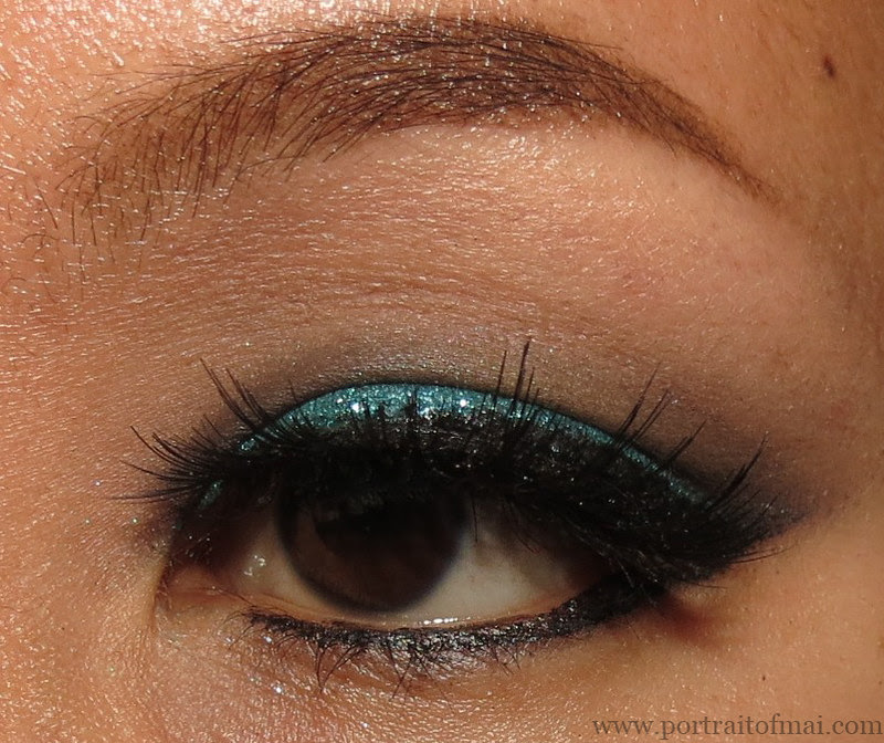 Teal Glitter Eye with Lit Cosmetics Cayman