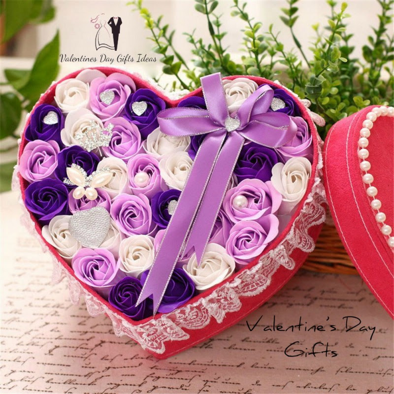 Things to factor in while choosing the Valentine's Day Gifts for your Valentine