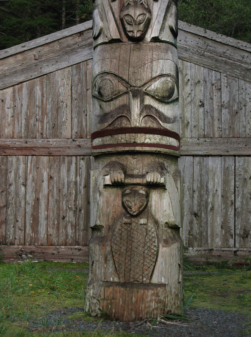 beaver figure on totem pole, Chief Son-i-Hat's Whale House, Kasaan, Alaska