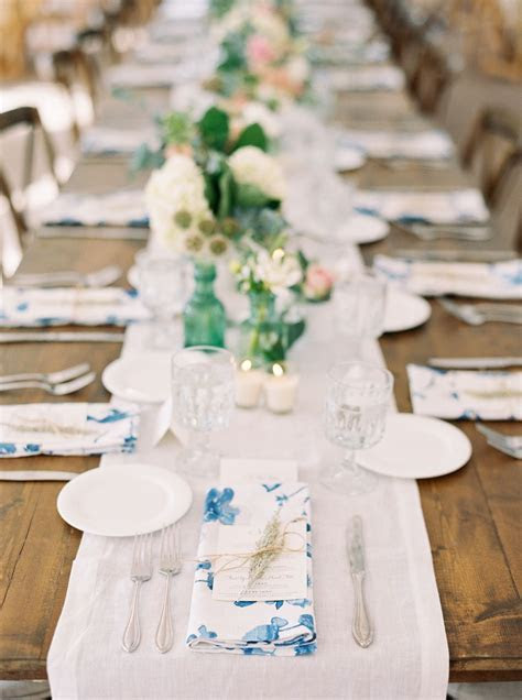 La Tavola Fine Linen Rental: Harper Blue Napkins with