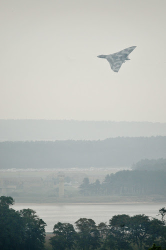 XH558 over RAF Leuchars by Ghiribizzo