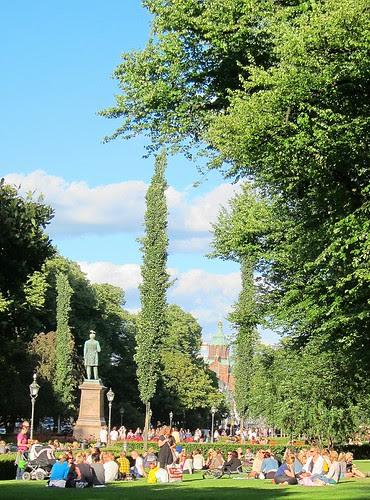 Runebergin Esplanadi by Anna Amnell