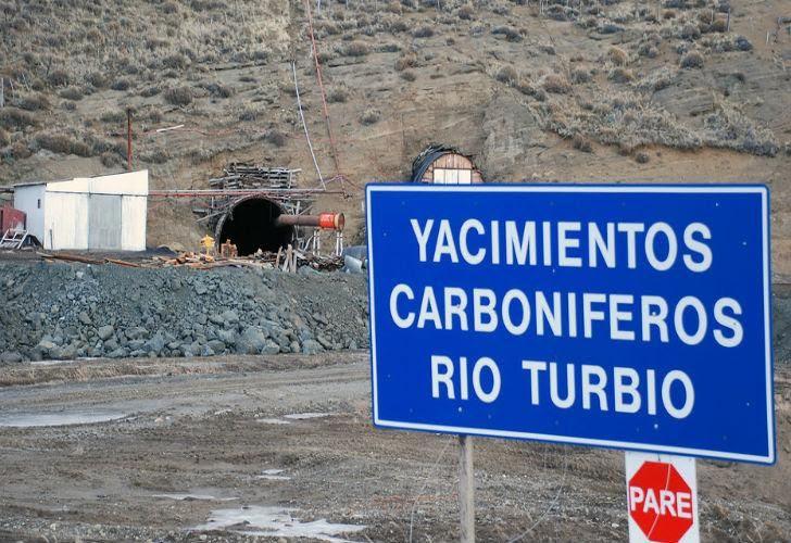 Imputan a otros 17 empresarios por el Yacimiento Carbonífero