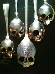 skull-spoons
