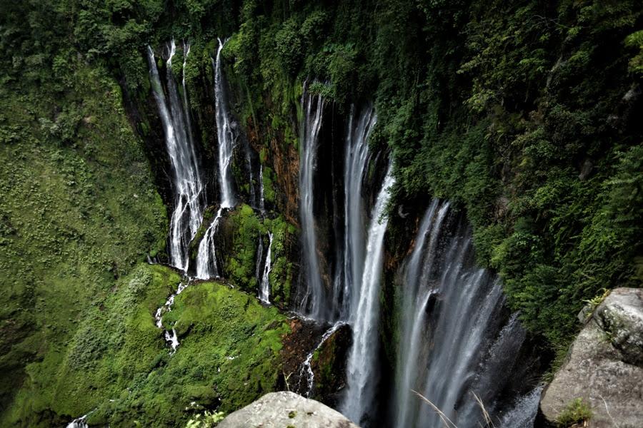 Alamat dan Rute Menuju Air  Terjun  Tumpak  Sewu  Lumajang