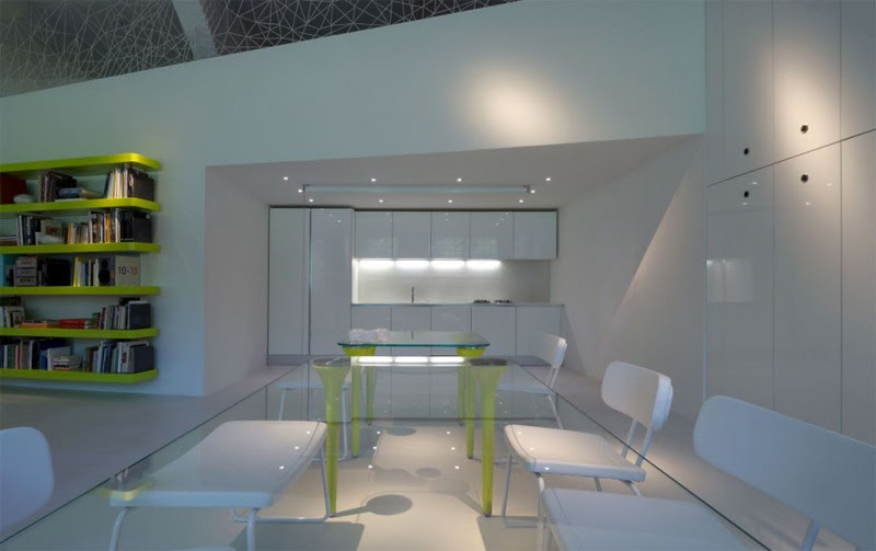 Very Modern Home Full Of Light And Color | DigsDigs