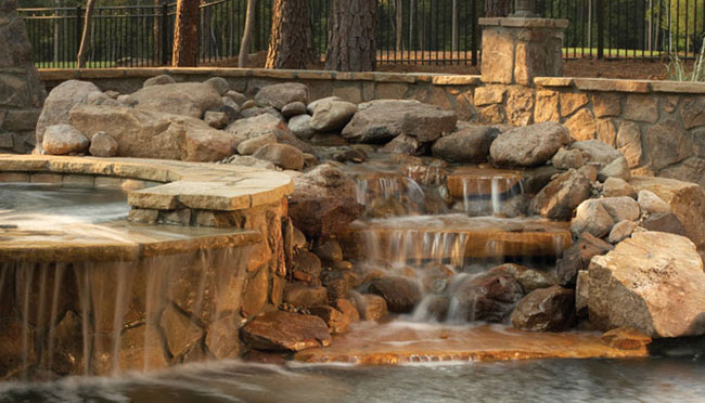 Top Pool Water Features 650 x 372 · 70 kB · jpeg