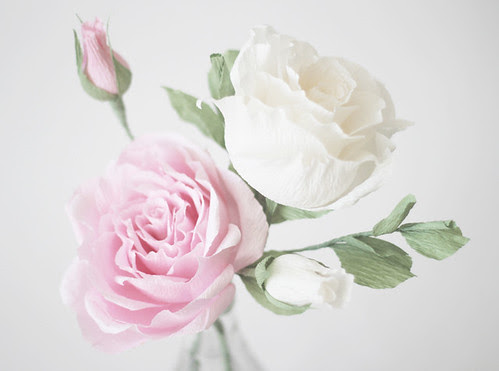 crepe-paper-antique-roses