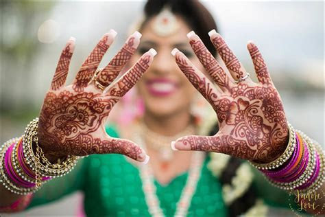 Mehendi Ceremony ? The Essence Of It In A Nutshell!