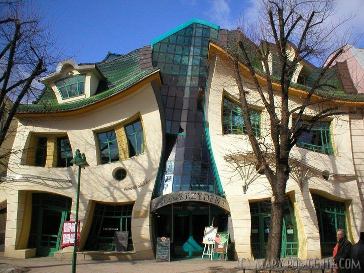 http://thebsreport.files.wordpress.com/2009/07/crooked-house-in-sopot-poland.jpg
