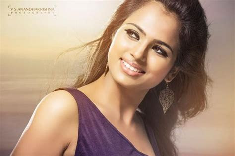 joker actress ramya pandian  latest  gethu cinema