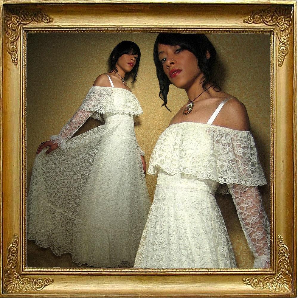 vintage 70s // cream lace Victorian dress // off-shoulder // sz XS S