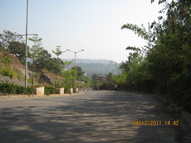 Road to the different world  - Visit to Paranjape Schemes' Forest Trails, Bungalows, 2 BHK & 3 BHK Flats at Bhugaon, Pune 411 042