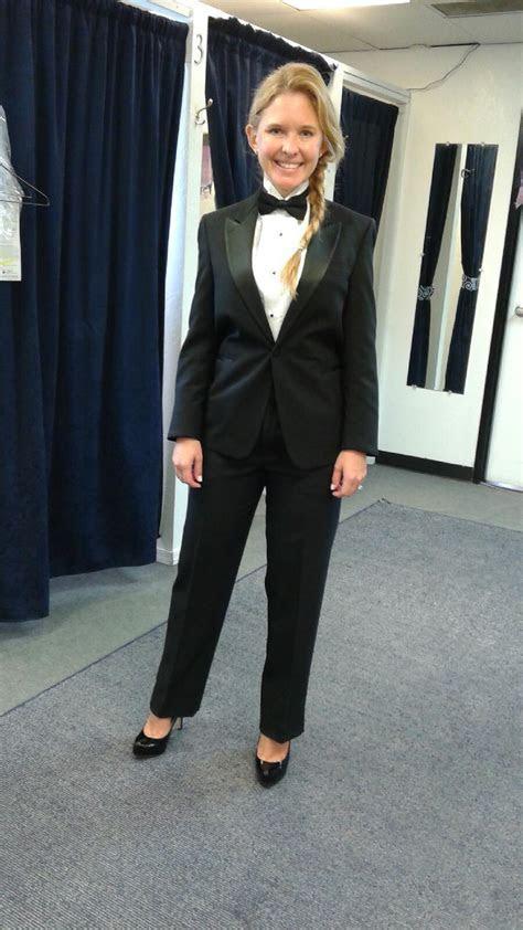 women tuxedo   Rose Tuxedo: Wedding Tuxedo Quince Tuxedo