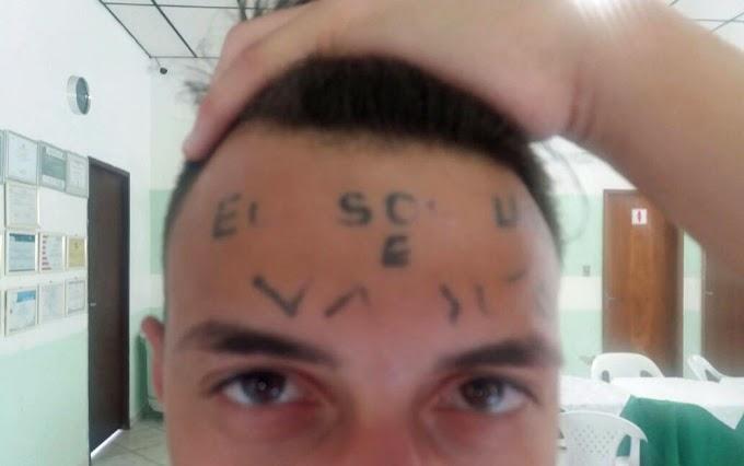Jovem tatuado na testa é condenado a 4 anos e 8 meses de prisão por mais um roubo