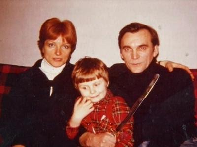 Работу над фильмом завершил муж Ларисы, кинорежиссер Элем Климов, назвавший картину «Прощание» (1982). Он также снял о супруге документальный фильм «Лариса» (1980), смонтированный из фрагментов ее кинокартин и интервью с коллегами.