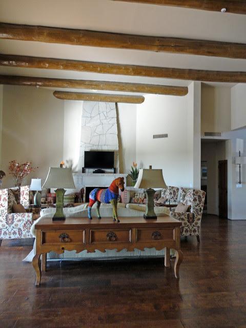Elegant Southwestern Great Room - eclectic - living room - phoenix