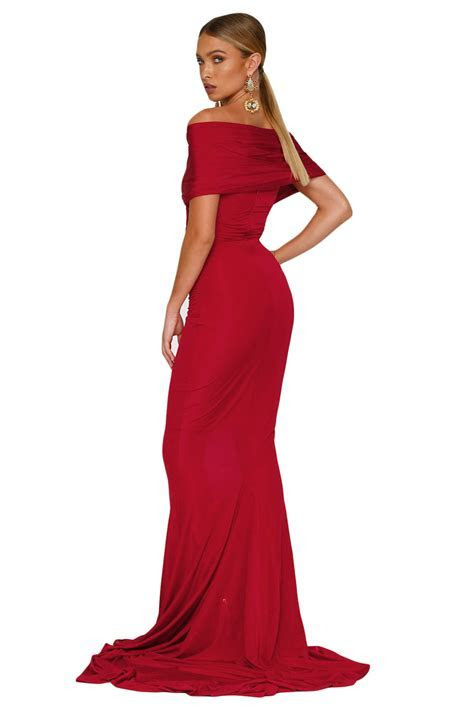 Red Off shoulder Mermaid Wedding Party Gown ? Charming Wear