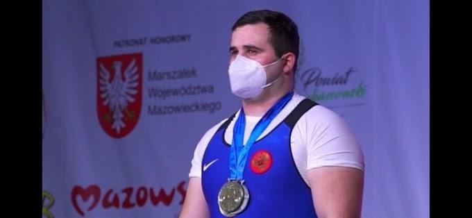 Азраил Плиев стал победителем первенства Европы потяжелой атлетике