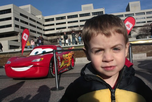 Cars 2 Promo : Lightning