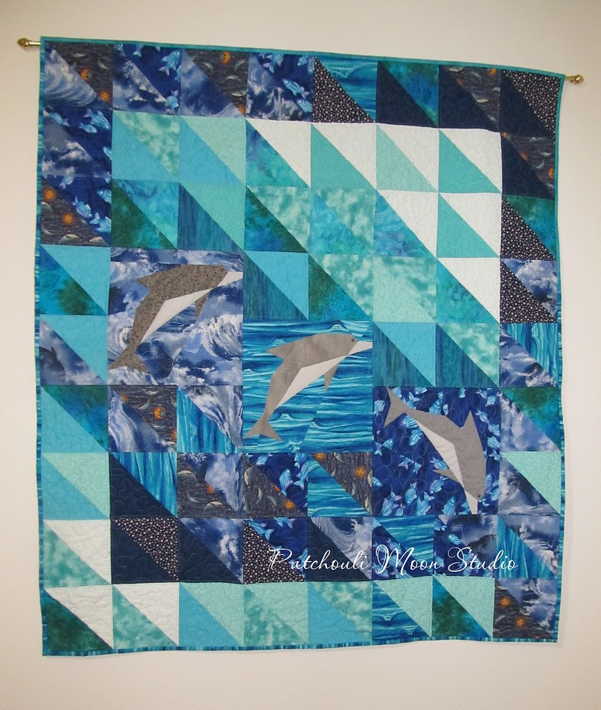Dolphin quilt (2)