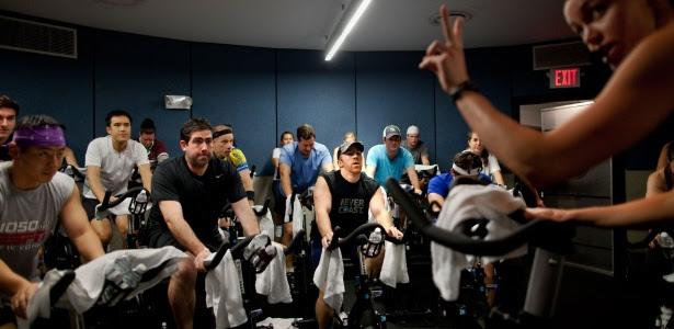 O exercício pode influenciar a vontade de comer, sugerem dois estudos recentes