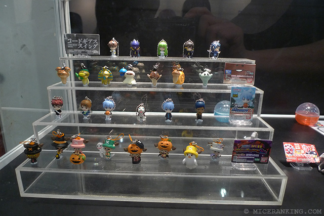 18. AFA Toys Stand P1040725 wm