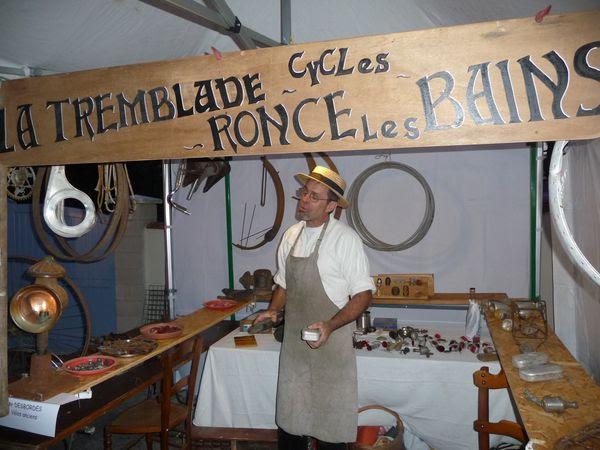 Christian Desbordes dans son atelier