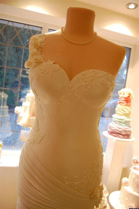 Wedding Cake Shaped Like Life Size Gown Wows At British