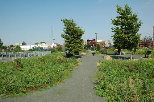 Pier 44 Waterfront Garden