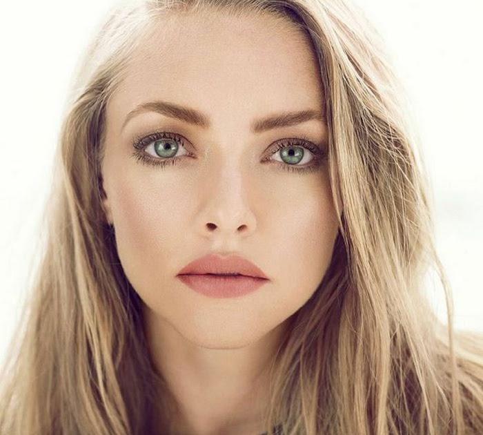 Grüne Augen Blonde Haare Weiblich