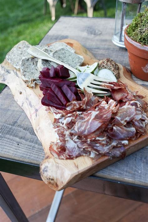 Best 25  Rustic platters ideas on Pinterest   Cheese board