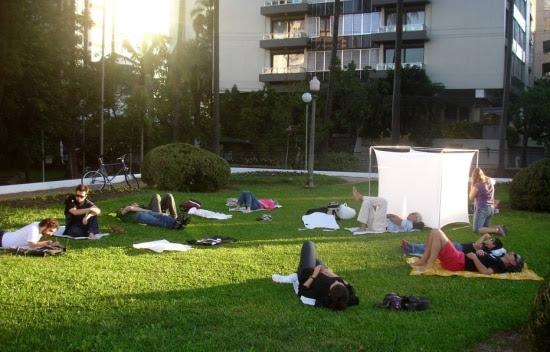 Após estafa, designer de Porto Alegre cria Clube do Nadismo