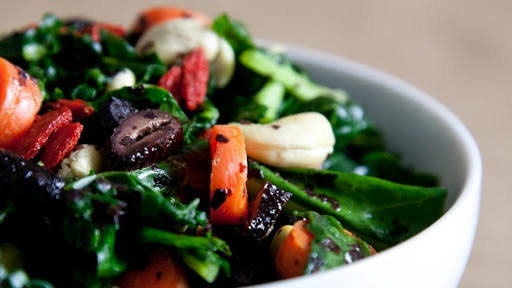 9 - Superfood Kale Avocado Salad with Olives2
