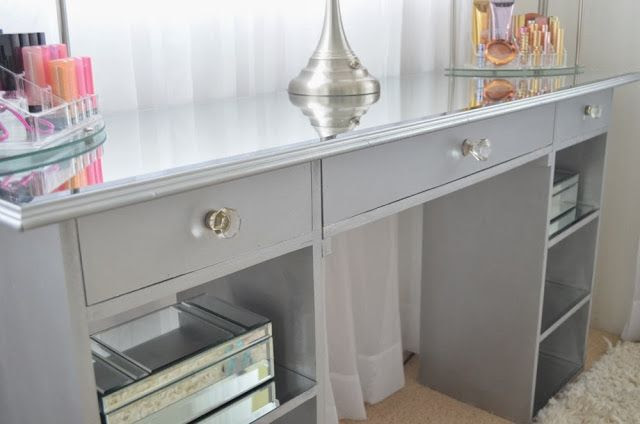 Mirrored Furniture Bedroom Ideas