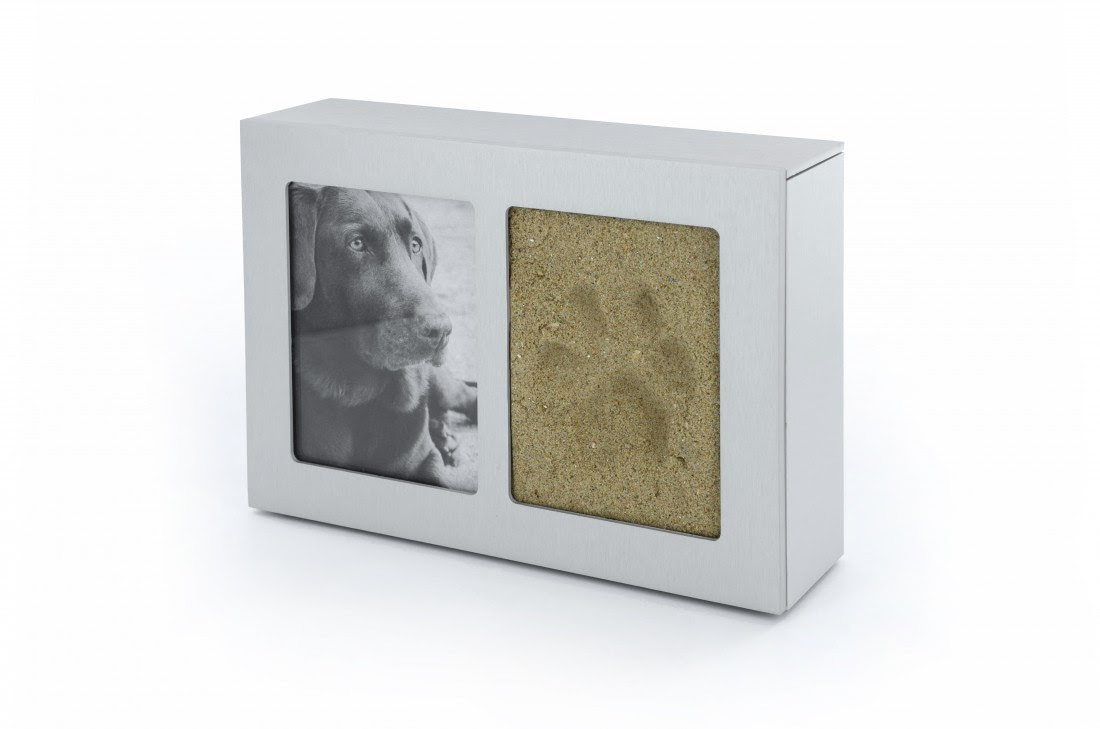 Uurn With Photo And Dog Paw Print 1l Silver Umoments