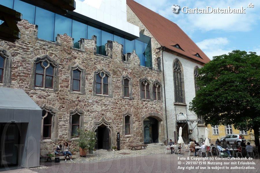 Innenhof der Moritzburg mit Eingang zum Kunstmuseum, Stiftung Moritzburg