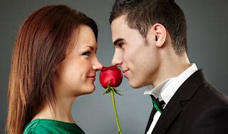 ciri ciri pria  jatuh cinta  wanita kata mutiara