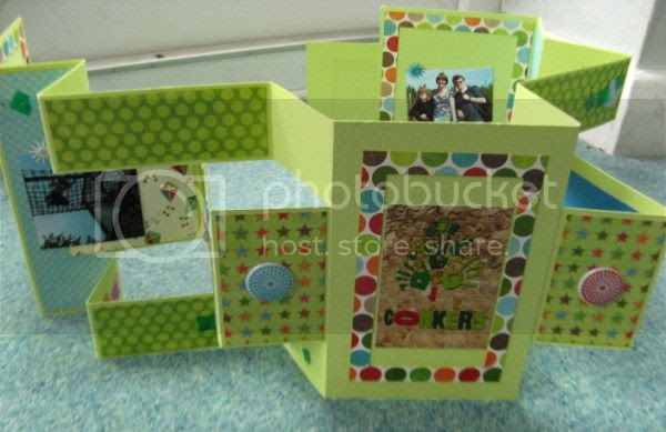 Jimjams - tri-fold mini-book - Conkers fully opened and upright
