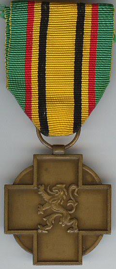 Archivo: Médaille Militaire du Combatiente de la Guerre 1940-1945 Belgique.jpg