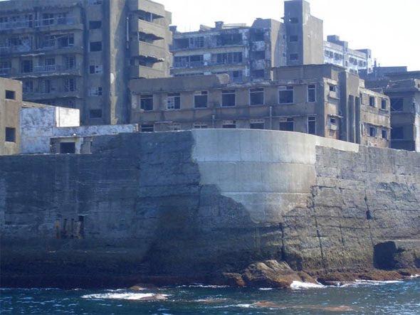 Πόλη   φάντασμα στη μέση της θάλασσας