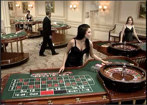 Live Dealers – Online roulette is way more fun with an experienced and entertaining croupier running the game so we only recommend sites that have an all-star line-up of live dealers.Big Bonuses – One of the big perks of picking a new site is being able to shop around for the biggest casino bonus.