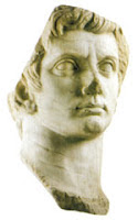 Cabeza colosal del Emperador Augusto