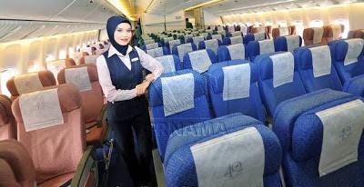 4HeKtj0 Apabila Pramugari Air Asia dan MAS Bertudung