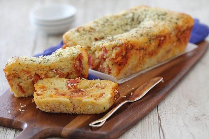 Cheesy Pepperoni Pizza Quick Bread